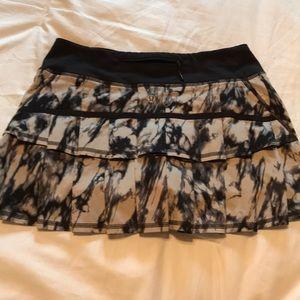lululemon athletica Skirts - Black/Tan Lululemon skirt, excellent condition.